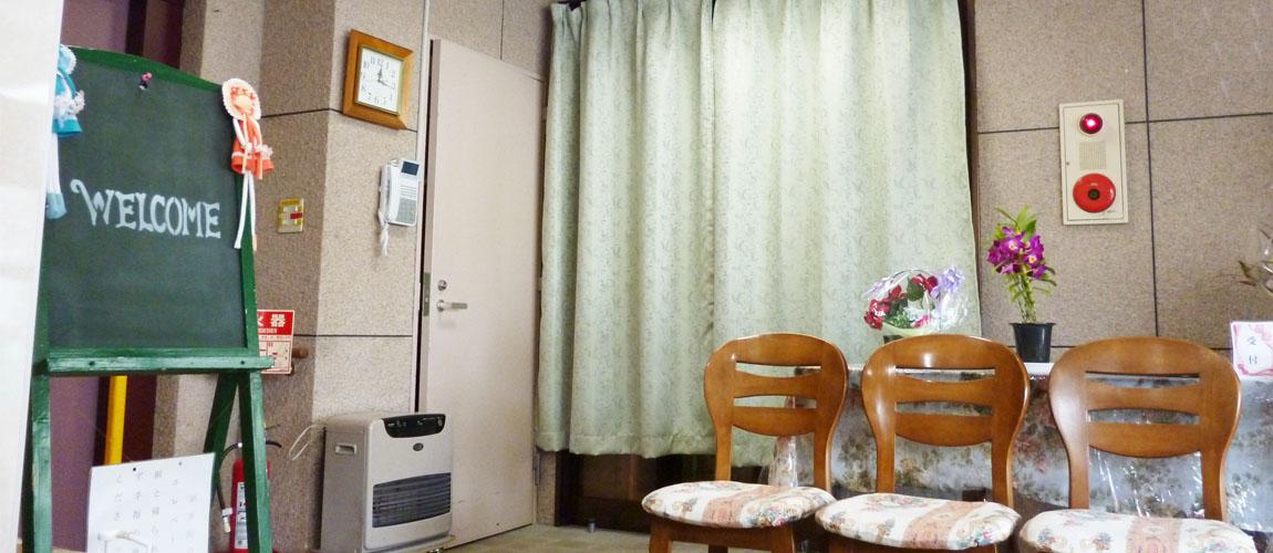 前田ファミリーホーム玄関口